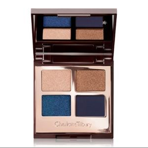 Luxury Colour-Coded Eyeshadows Palette Super Blue
